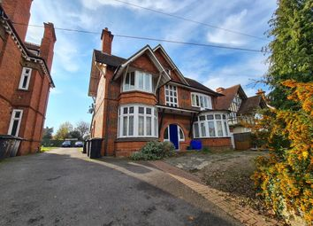 Thumbnail 1 bed flat to rent in Wokingham Road, Reading