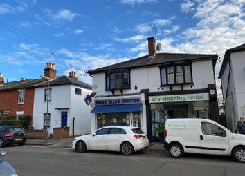 2 bed flat to rent in York Road, Weybridge, Surrey KT13