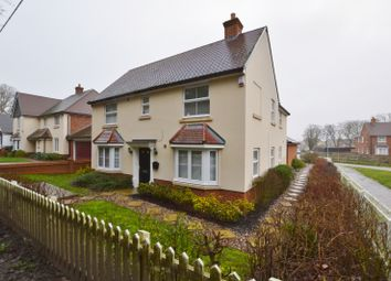 4 bed detached house for sale in The Oaks, Benfleet SS7