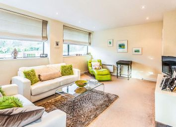 Thumbnail 1 bedroom flat for sale in Lower Street, Haslemere
