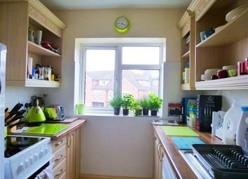 Thumbnail 2 bed flat to rent in Vivary Road, Taunton