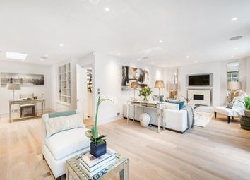 Thumbnail 4 bed mews house to rent in Pavilion Road, Knightsbridge