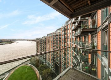 Thumbnail 2 bedroom flat for sale in New Providence Wharf, Canary Wharf, London