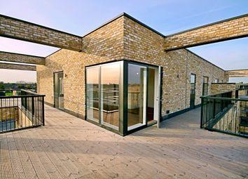 Thumbnail 3 bedroom flat to rent in Woodpecker Way, Trumpington, Cambridge