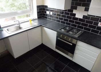 Thumbnail 2 bedroom flat to rent in Sedgley Road East, Tipton