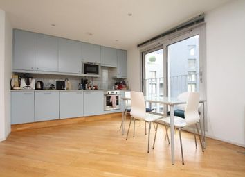 Thumbnail 2 bed flat to rent in Goswell Road, Angel