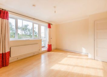 Thumbnail 3 bed flat to rent in Heaton Road, Peckham