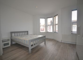Thumbnail 1 bed property to rent in Buxton Road, London