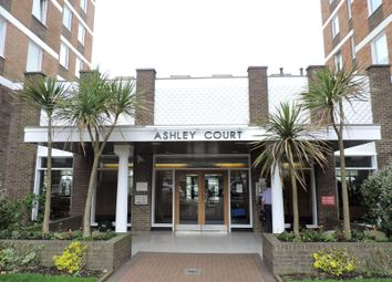 Thumbnail 3 bed flat to rent in Ashley Court, Grand Avenue, Hove