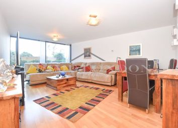 Parliament View Apartments, 1 Albert Embankment, London SE1. 3 bed flat