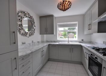 Thumbnail 2 bedroom flat to rent in Salters Close, Rickmansworth, Hertfordshire
