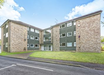 Thumbnail 3 bed flat to rent in Elvetham Road, Fleet