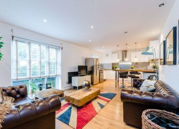 Thumbnail 3 bed flat for sale in Hawgood Street, Bow