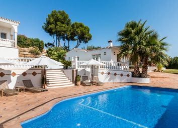 Thumbnail 6 bed villa for sale in Spain, Andalucia, Estepona, Ww1007A