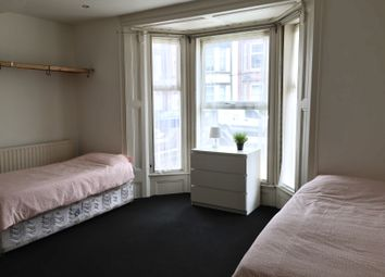 Thumbnail Room to rent in Corporation Street, Walsall