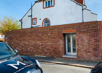 Thumbnail 1 bed detached house to rent in Court Farm Road, Hove