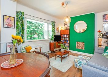 2 bed flat for sale in Forest Hill Road, Dulwich SE22