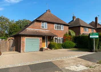 Pollards Drive, Horsham, West Sussex RH13. 3 bed detached house