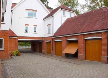 Thumbnail 3 bed flat to rent in Tower Hill Road, Dorking