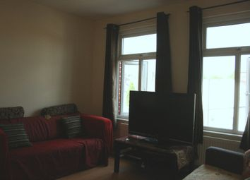 Thumbnail 2 bed flat to rent in Finchley Road, Temple Fortune