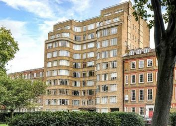 Thumbnail Studio to rent in Florin Court, Charterhouse Square, London