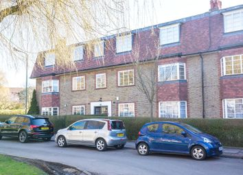 Thumbnail 2 bed flat to rent in Denison Close, Hampstead Garden Suburb, London