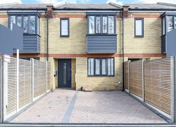 4 bed property for sale in Surrey Crescent, London W4