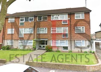 2 bed flat for sale in Avenue Road, Southall UB1