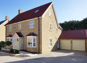Thumbnail 6 bed detached house for sale in Churchill Gardens, Yate, Bristol