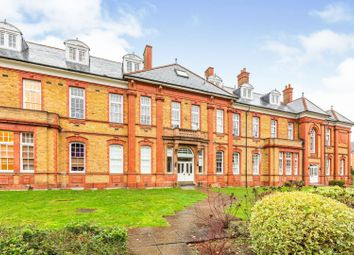 1 bed flat for sale in 16 Newsholme Drive, Winchmore Hill N21