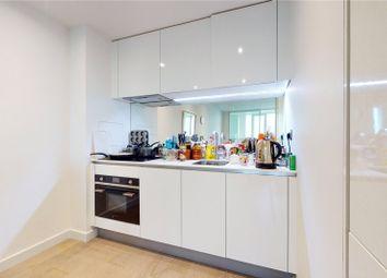 1 bed property to rent in Sky Gardens, Wandsworth Road, Nine Elms, London SW8