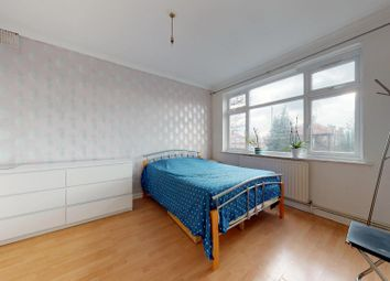 Thumbnail 3 bed flat to rent in Albany Court, Blundell Road, London