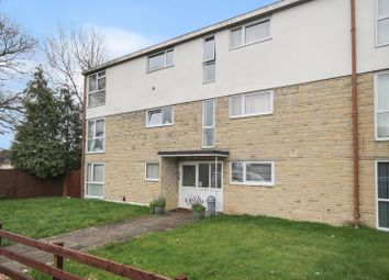 2 bed flat for sale in Hawthorn Grove, Trowbridge BA14