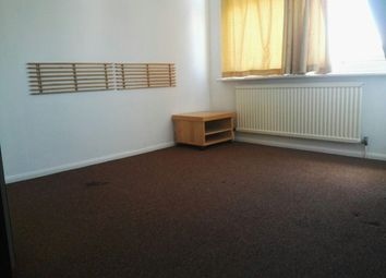 Thumbnail Room to rent in Holmwood Grove, London