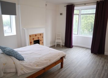 Thumbnail 4 bed flat to rent in Brixton Hill, Brixton, London
