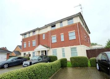 2 bed flat to rent in Two Mile Drive, Cippenham, Slough SL1