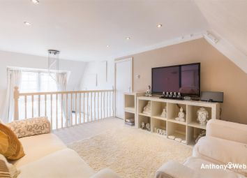 Thumbnail 2 bed flat for sale in Menlo Lodge, Crothall Close, London