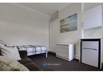Thumbnail Room to rent in Laughton Road, Doncaster