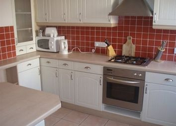 Thumbnail 3 bed flat to rent in Castle Way, Southampton