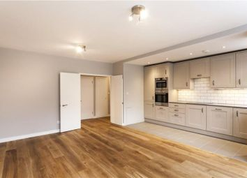 Thumbnail 2 bed flat to rent in Porchester Place, Hyde Park