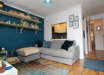 Thumbnail 1 bedroom flat for sale in Meon Close, Petersfield