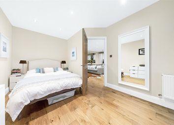 Josephine Avenue, London SW2. 2 bed flat