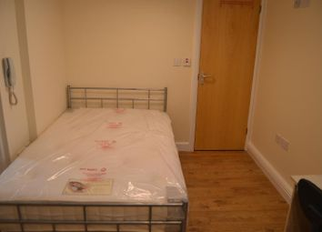 Thumbnail Studio to rent in 51, Richmond Road, Roath, Cardiff, South Well
