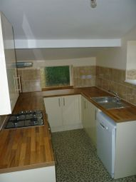 Thumbnail 2 bed property to rent in Fearnley Street, Watford
