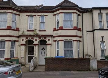 Thumbnail 5 bed property to rent in Clovelly Road, Southampton