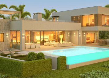 Thumbnail 5 bed villa for sale in Benahavís, Andalusia, Spain