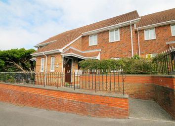 Thumbnail 2 bed flat for sale in Willow Park, Park Road, Parkstone