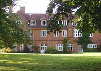 Thumbnail 1 bed flat to rent in Hunts Lane, Taplow