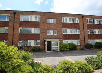 Thumbnail 2 bed flat to rent in Hythe Road, Worthing