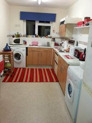 Thumbnail 2 bedroom flat to rent in Deacon Street, Swindon